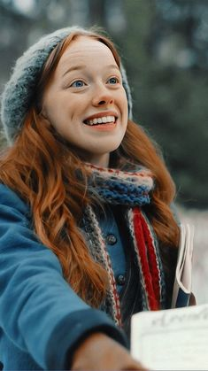 Anne Shirley, Netflix Series, Series Movies, Book Series, Gilbert And Anne, Anne White, Amybeth Mcnulty, Gilbert Blythe, Anne With An E