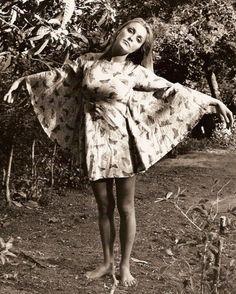 great dress! Sharon Tate, late 1960s.