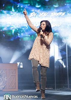 Kari Jobe in her concert here in Puerto Rico !!!!!! ❤️❤️❤️❤️❤️❤️❤️❤️❤️