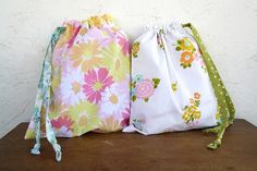 vintage sheets sewing | drawstring bags from vintage sheets