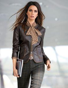 Sommer oder Winter, Tagsüber oder Abends – Eine klassische Lederjacke ist immer die richtige Wahl.