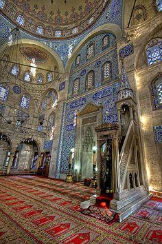 Inside the Sokollu Mehmet Pasha Mosque in Istanbul, Turkey (by Kuzeytac) Islamic Architecture, Futuristic Architecture, Amazing Architecture, Art And Architecture, Islamic World, Islamic Art, Beautiful Mosques, Ottoman Empire, Kirchen