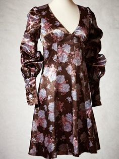 BIBA 1970 dress printed with chrysanthemums on a satin weave fabric.