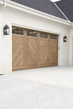 Utah Valley Parade of Homes 2019 : Natural wood colored herringbone garage doors. See our recap of the 2019 Utah Valley Parade of Homes for fresh home design and construction ideas and inspiration. Garage House, Br House, Dream Garage, Car Garage, Modern Garage Doors, Garage Door Styles, Wood Garage Doors, Garage Door Colors, Garage Door With Windows