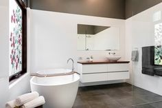 Bathroom renovation by Lavare Bathrooms, Claremont WA