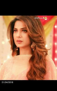 Open Hairstyles, Daily Hairstyles, Braided Hairstyles, Jennifer Winget Beyhadh, Indian Wedding Hairstyles, Black Prom, Interesting Faces, Celebs, Celebrities