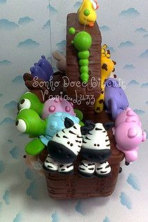 Arca de Noé by Sonho Doce Biscuit *Vania.Luzz*, via Flickr Fondant Cake Toppers, Fondant Figures, Creative Area, Cake Decorating With Fondant, Diy Upcycling, Clay Baby, Polymer Clay Dolls, Pasta Flexible, Sugar Art