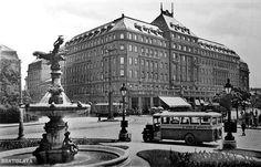Najnovšie obrázky - Hotel Carlton - Pohľady na Bratislavu Bratislava, Louvre, Street View, History, Retro, Building, Travel, Times, Historia