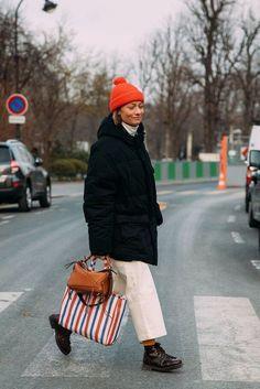 Street style : toutes nos idées à piquer aux filles de la mode pour rester stylée quand il pleut - Grazia