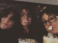 Disfrutando en familia de una tarde de cine