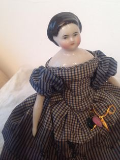 *ON HOLD*Fabulous 1860s all original China doll 7.5 inches tall.