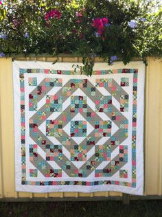 3 and 3 quarters: Jacob's Ladder, love how this quilt was quilted with straight lines--I can do that!