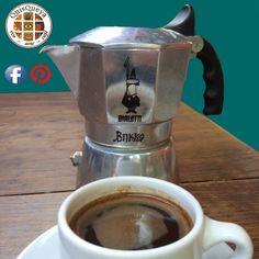 Este será el mejor jueves de la semana, y más a partir de las 9 de la noche; porque es la hora en que abrimos QuisQueya eco-arte-café. ¡Nos encanta!