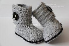 Crochet baby booties baby shoes boots grey gray от EditaMHANDMADE