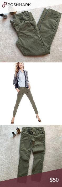 J.Crew Andie Chino Chinos in army green, only worn a few times.   With its slimming fit and slightly cropped leg, our sleekest chino will make your favorite skinny jeans jealous.  Cotton with a hint of stretch. Machine wash. Import. Item 04257. J. Crew Pants Ankle & Cropped Ladies Cotton Trousers, Jealous, Fashion Tips, Fashion Design, Fashion Trends, Army Green, J Crew, Khaki Pants, Skinny Jeans
