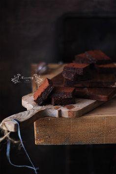 ¡Los más jugosos brownies sin gluten! Blondie Brownies, Brownie Cake, Chocolate Cupcakes, Chocolate Desserts, Brownie Recipes, Dessert Recipes, Dairy Free, Gluten Free, Food Styling