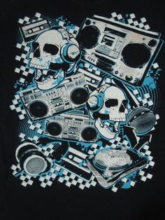 4 SEASONS Design Old Music Skulls T-Shirt size XL (Pre-owned) #4Seasons #GraphicTee
