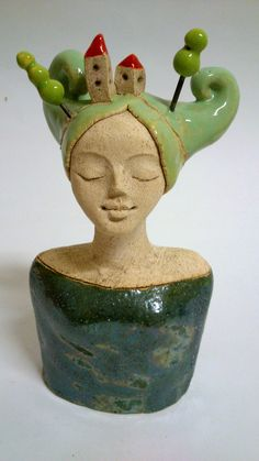 green - woman with houses and trees - bust - ceramic - Miniměstečková