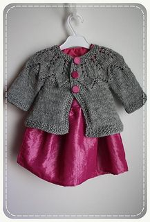 Autumn leaves baby cardigan free knitting pattern (6-9 mo)(9-12 mo)(12-15 mo)