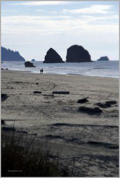 Haystack Rock off of Cannon Beach. Oregon Coast