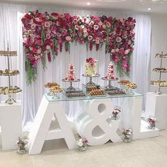 "716 curtidas, 15 comentários - Prop & Event Hire Melbourne (@style.my.sweets) no Instagram: ""ENGAGED A & L Congratulations to the gorgeous couple who were engaged on the weekend . Thanks to…"""