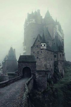 The 'Eltz Medieval Castle' in Germany... Who would like to visit it ??