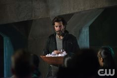 "The 100 -- ""The Chosen"" -- Image HU412b_0065 -- Pictured: Henry Ian Cusick as Kane -- Credit: Diyah Pera/The CW -- © 2017 The CW Network, LLC. All Rights Reservedpn"