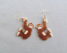 Etsy :: Your place to buy and sell all things handmade Brick Stitch Earrings, Seed Bead Earrings, Beaded Earrings, Etsy Earrings, Beaded Jewelry, Crochet Earrings, Seed Beads, Beading Projects, Beading Tutorials