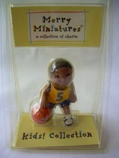 2001 Hallmark Ornament Merry Miniatures Hooper Boy
