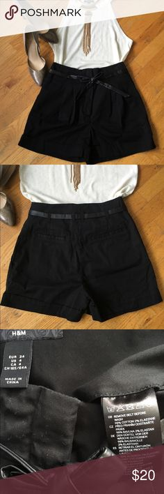 """H&M High waist Short Very cute High waist short. Color black & belt is included. Measurements: Approx waist """"13"""". front rise approx: """"11"""" Inseam approx """"3"""". Excellent used condition. H&M Shorts"""