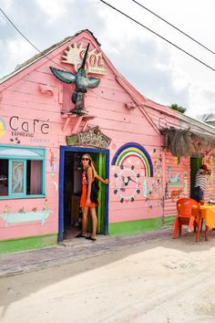 La Isla del Colibri is probably the most colourful cafe on the island.  You can have a super delicious meal here while enjoying some very real Mexican vibes. Great for coffee, breakfast, lunch, dinner and photos.
