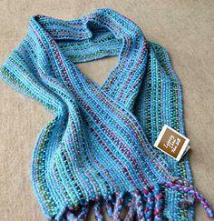 Alpaca & Merino handwoven scarf. Buy online.