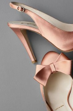 Champagne pink....if only I could walk in heels without breaking my neck *sigh*