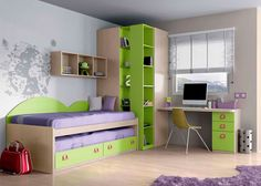 Habitación infantil con compacto con deslizante.