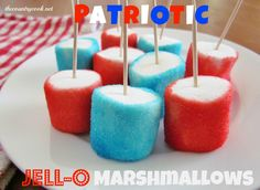 Patriotic Jell-O Marshmallows...insert toothpick in all marshmallows on a tray, dip in 2 in. water in a bowl, roll on paper towel to blot, roll in jello powder, refrigerate to make a crust. Blueberry and raspberry or strawberry jello. Country Cooking, Jell O, Patriotic Party, Cheer Mom, Easter Dinner, Holiday Recipes, Holiday Foods, Easy Treats To Make, Finger Foods For Kids