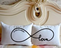 Super Gifts For Her Anniversary Couple Pillowcase Ideas Diy Pillow Covers, Diy Pillows, Pillow Cases, Cushions, Cushion Covers, Love Gifts, Gifts For Her, Couple Pillowcase, Cadeau Couple
