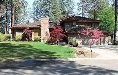 Gorgeous secluded home in Spokane