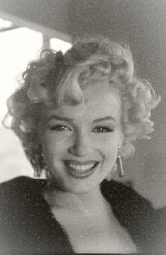 Marilyn Monroe...HAPPY