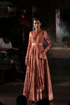 Sabyasachi Mukherjee. India Couture Week 2014