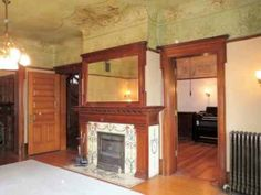 1891 - Polo, IL (National Register) - $299,900 - Old House Dreams