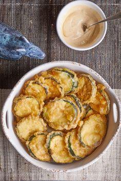 Cukkini tempurabundában   Street Kitchen Quiche Muffins, Shrimp, Chips, Salad, Meat, Vegetables, Ethnic Recipes, Kitchen, Food