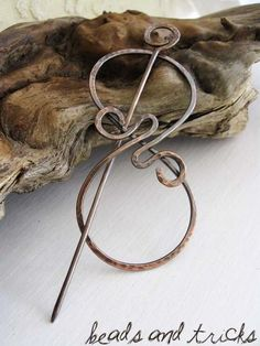 Shawl Pin. Love Love Love this!! I need to get some for my crochet!!!