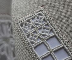 Humming Needles: I've been looking for new ideas for Hardanger and other pulled-thread work. This one is great!