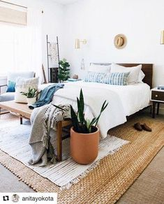 home interior design country cottage Home Decor Bedroom, Master Bedroom, Bedroom Wall, Bedroom Ideas, Bed Room, Bedroom Plants, Interior Livingroom, Girls Bedroom, Cute Dorm Rooms