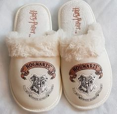 Harry Potter Hogwarts Slippers Laidies Girls Gift mule slippers embroidered logo #Primark #Muleslippers