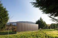 A Modest Prefab House That Appears to Float