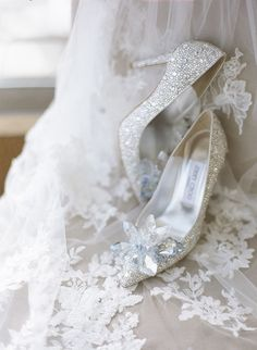 We want those shoes! Bejewelled Jimmy Choo Cinderella bridal heels {Facebook and Instagram: The Wedding Scoop}
