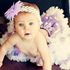 diadema blanca y lila