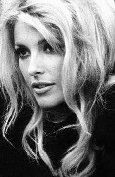 simply-sharon-tate: Sharon Tate on the Eye of The Devil set in 1965 Sharon Tate, Charles Manson, Beautiful Soul, Most Beautiful Women, Beautiful People, Beautiful Things, Beautiful Pictures, Timeless Beauty, Classic Beauty