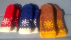 Bundingen: Tova votter til små hender - Hello Fingerless Mittens, Free Pictures, Ravelry, Knitted Hats, Slippers, Product Launch, Barn, Knitting, Pattern